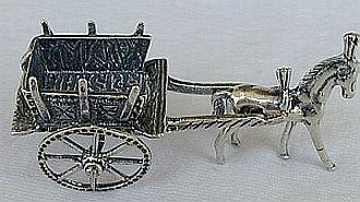Carriage silver miniature-A
