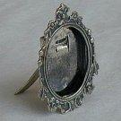 Oval photo frame miniature
