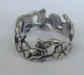 Silver flower ring-A