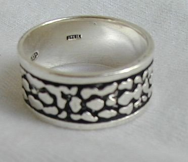 Silver spots-unisex ring