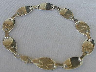 9 parts bracelet