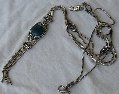Dark green long necklace