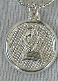 Virgo round pendant