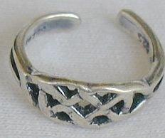 Toe ring-IDS