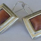 Brown cat eye square earrings