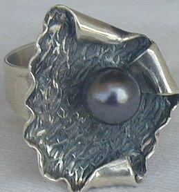 Black pearl-hmID
