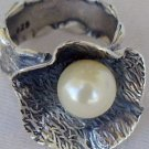 White pearl ring SR92
