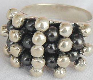 Silver black  cat eye ring