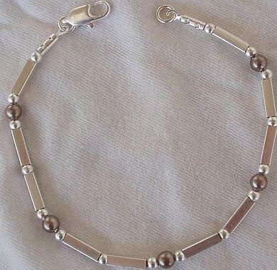 Brown parts bracelet