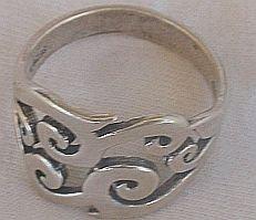 Mefutal silver ring