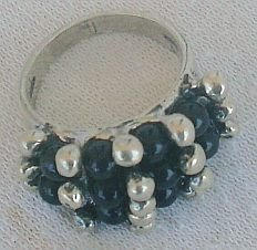 Blue and silver pearls ring
