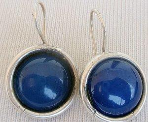 Blue agate round earrings