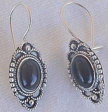 Mini onyx oriental earrings
