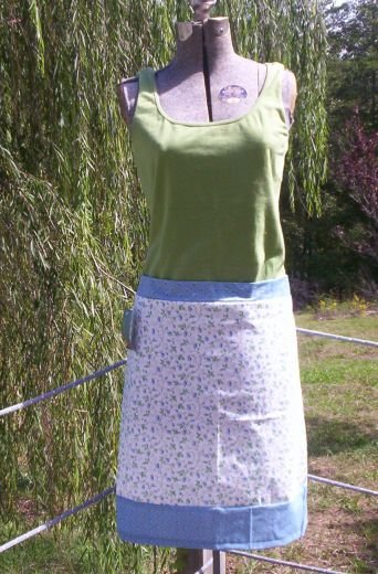 Country Flowers Apron Skirt