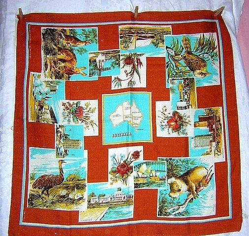 Souvenir linen tablecloth Australian map sites flora fauna vintage 1272vf