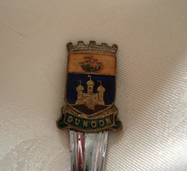 Dunoon Scotland souvenir sugar spoon chrome vintage 1281vf