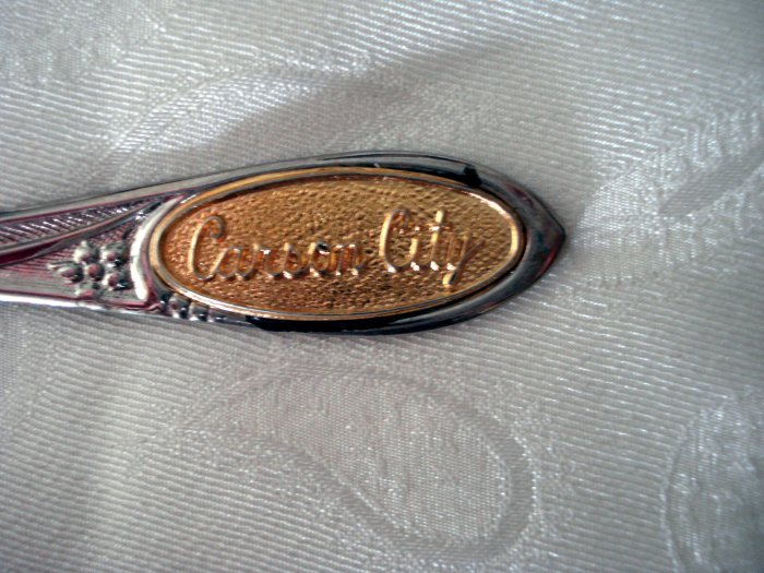 Carson City Nevada souvenir spoon gold tone inset 1315vf