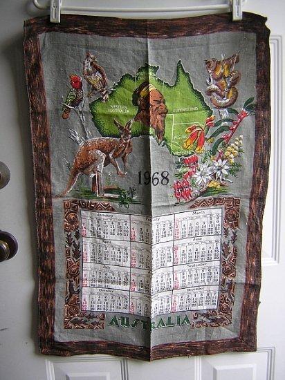 1968 Calendar souvenir linen towel Australia vintage 1437vf