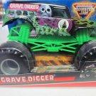 Mattel Hot Wheels Monster Jam 2009 1:24 Scale GRAVE DIGGER Die-Cast Truck NEW