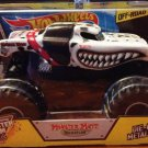 Mattel Hot Wheels Monster Jam 1:24 Scale Die Cast Monster Truck 2014 MONSTER MUTT Dalmatian NEW