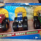 Mattel Hot Wheels Monster Jam The Evolution of Grave Digger 3-Pack Scale 1:64 Die-Cast Vehicles New