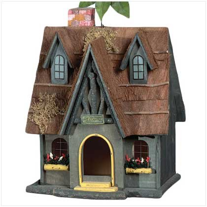Thatch Roof Chimney Birdhouse #29312