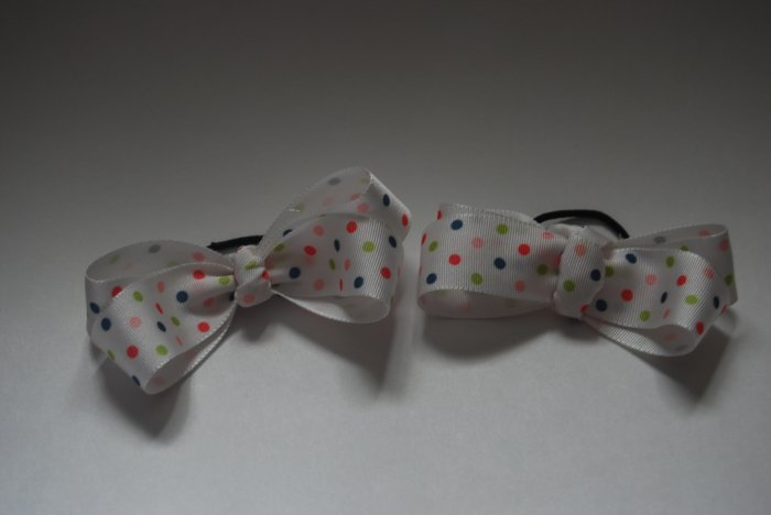 Pretty dots pony bow