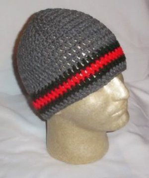 Hand Crochet ~ Men's Skull Cap Beanie Hat Grey Gucci Stripe