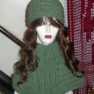 Hand Knit Ribbed Hat and Cowl Set In Green
