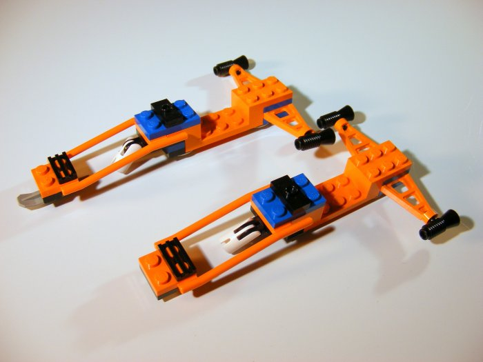 Lego 6579 2 Ice Surfers or Space ships