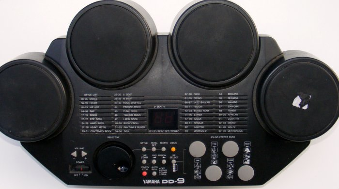 Yamaha DD-9 Drums Digital Percussion Pad Machine WORKS GREAT!