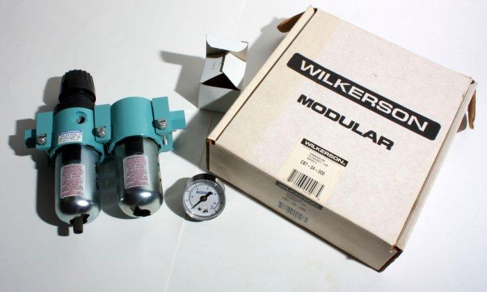 Wilkerson FRL CB7-04-000 Unused 1/2�  with gage Filter Regulator Lubricator