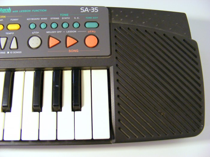 Casio SA-35  Vintage Casio Keyboard Synthesizer Songbank Great Condition HTF