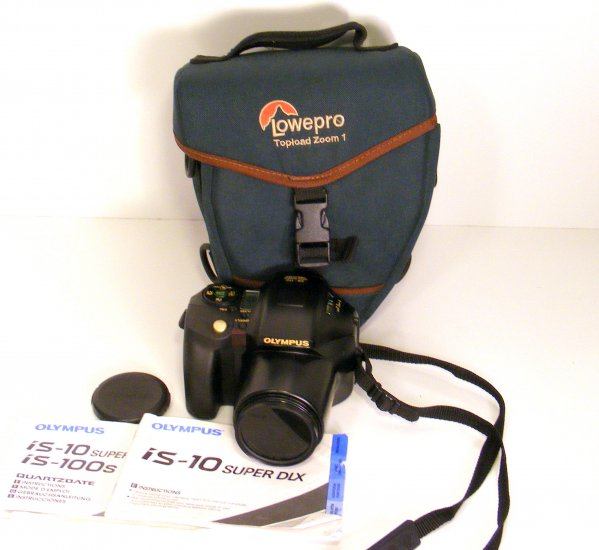Olympus IS-10 Super DLX 35mm SLR FILM Camera 35mm 180mm zoom  Case Filters Manual -- Works Great