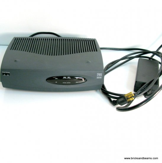 Cisco 1700 Series Router 1720 with ISDN Module T-C31-00-1019
