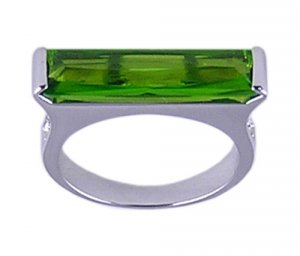 GREEN CUBIC ZIRCONIA CZ SILVER RING SIZE 5 7 8 9 or 10