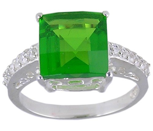 GREEN CUBIC ZIRCONIA STERLING SILVER RING SIZE 5 or 7
