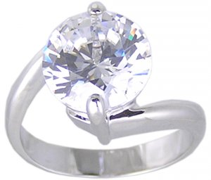 SOLITAIRE CUBIC ZIRCONIA CZ RING SIZE 5 or 7 JEWELRY