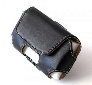 iPhone ipod Touch Leather wallet Case with Belt Clip (Black)