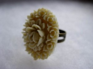 Handmade Ring - Cream Vintage Floral Cab