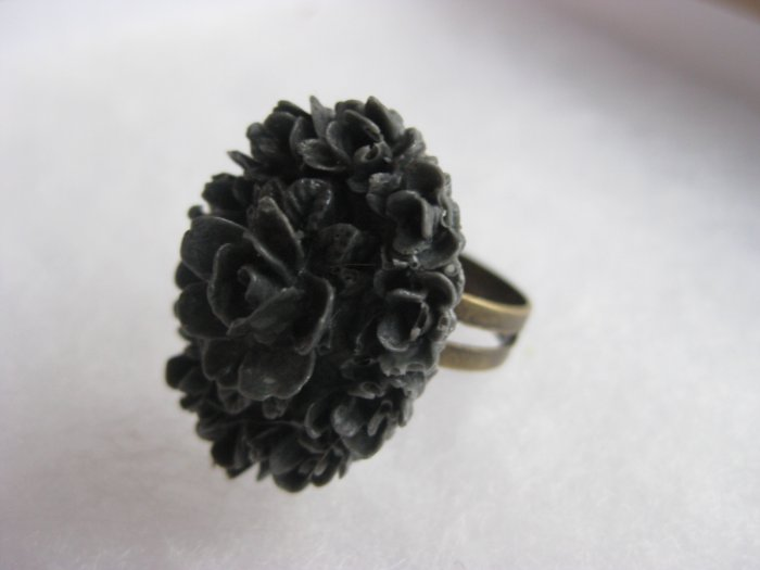 Handmade Ring - Charcoal Grey Vintage Floral Cab