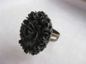 Handmade Ring - Charcoal Grey Vintage Floral Cab