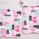 """Retro Kitty"" Potholder Set"