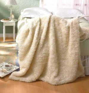 White Faux Fur Blanket - Full Size