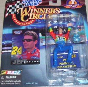 1999 JEFF GORDON DuPont Winner Circle Starting Lineup NASCAR Champ SLU Rainbow Warrior