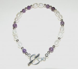 White Freshwater Pearls with Amethyst Rounds Handmade Bracelet
