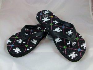 Girl's Black/Skulls Print Flip Flops - Size 3/4