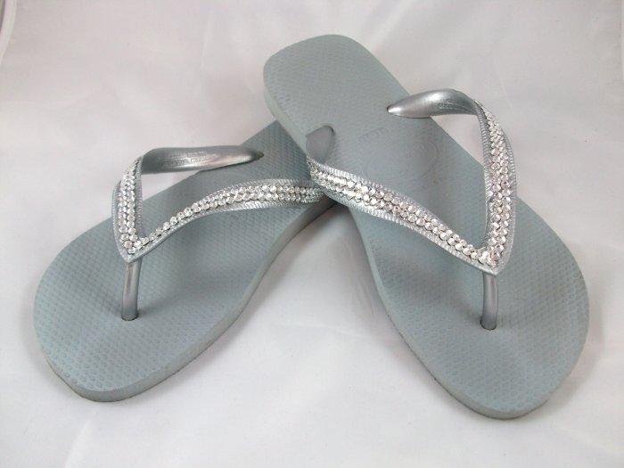 Women's Havaianas Silver Flip Flops - size 6/7*