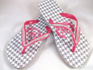 Girl's Pink/Gray Houndstooth Flip Flops - Size 1/2