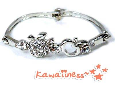 B0002 - Apple Bracelet